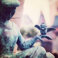 cinderella statue in fantasyland - disneyland paris