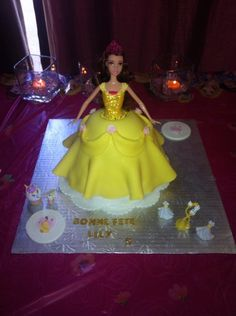 Aurora Sleeping Beauty, Disney Princess, Disney Characters, Cake, Pie Cake, Cakes, Cookies, Cheeseburger Paradise Pie, Disney Princes