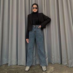 Modest Fashion Hijab, Street Hijab Fashion, Casual Hijab Outfit, Ootd Hijab, Muslim Fashion, Korean Fashion, Fashion Outfits, Instagram, Casual Jeans