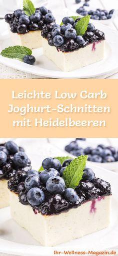 Rezept für leichte Low Carb Joghurt-Schnitten mit Heidelbeeren - der Kühlschrankkuchen ist kohlenhydratarm, kalorienreduziert, ohne Zucker und Getreidemehl zubereitet