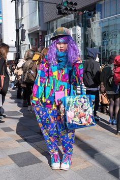 Harajuku Decora w/ Purple Hair, Colorful Fashion & SpongeBob SquarePants Japanese Streets, Japanese Street Fashion, Tokyo Fashion, Harajuku Fashion, Grunge Fashion, Fashion 2020, Girl Fashion, Fashion Design, Harajuku Style