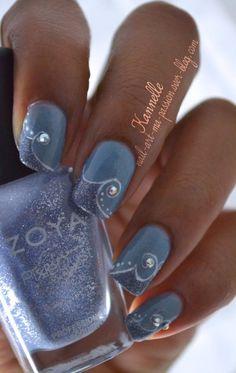 This would look good with a variety of shades of nail polish