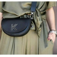 Kendall & Kylie bags ♡ _____________________________ ▪︎shop online : www.papanikolaoushoes.gr ▪︎click in shop ▪︎telephone : 2310 282 713 _____________________________ #papanikolaoushoes #shoponline #happy #easter #enjoylife Kendall, Kylie, Telephone, Happy Easter, Saddle Bags, Shop, Fashion, Happy Easter Day, Moda