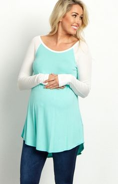 We love the simple, basic hues of this colorblock sleeve maternity top. This top will be your new go-to piece for all your casual occasions this year. Easily pair this top with your favorite jeans, boot, and a long delicate necklace for a totally chic ensemble.