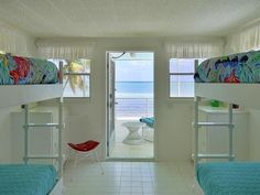 Beached Houseboat in The Florida Keys: Bedroom with Bunk Beds