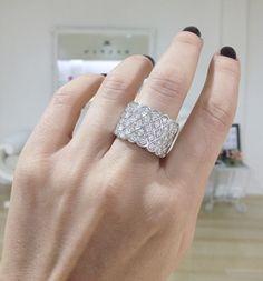 Diamond dress ring by Kalfin Jewellery #diamondrings #diamondjewellery #diamonds #custommade #rings #dress #diamondringsmelbourne #engagementringsmelbourne #jewelleryrepairs #wholesalejeweller #custommaderings #cbdjewellers #Melbourne #fashionbloggers #stylebloggers #design #details #weddingrings #weddingbands #gentsring #diamondhalorings #love #beauty #cool #collinsst #city #couture #luxury www.kalfin.com.au