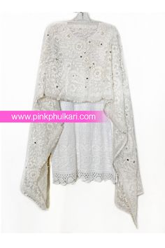 PinkPhulkari California Phulkari Stole. To shop Visit our website www.pinkphulkari.com Images copyrights@PinkPhulkari California All rights reserved. Bell Sleeves, Bell Sleeve Top, Indian Wear, California, Website, How To Wear, Shopping, Image, Beauty