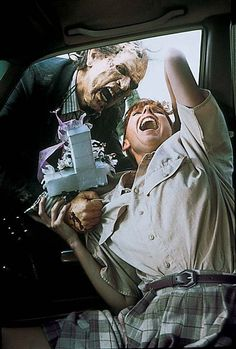 Night of the Living Dead 1990 - review  http://horrorpedia.com/2014/11/24/night-of-the-living-dead-1990/
