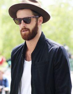 fashion week streetstyle for men. chic tortoiseshell sunglasses you must love. simple look sunglasses beard hat white t shirt love the bomber jacket. Estilo Hipster, Hipster Man, Hipster Beard, Moustache, Stylish Men, Men Casual, Ray Ban Sunglasses Sale, Sunglasses 2014, Bearded Men