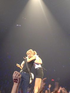 Taylor and Hunter hugging!!!!!!!!!!! 9/21/13