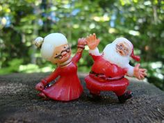 VTG Cake Toppers Mr and Mrs Santa Claus by melmacparadise on Etsy,