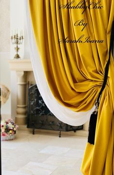 Velvet Curtains, Shabby Chic, Home Decor, Interior Design, Home Interior Design, Home Decoration, Decoration Home, Kleding, Interior Decorating