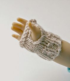 A quick and easy knitting pattern to make mittens for all of your favourite dolls!   Work them up in any size and three different styles.  ...