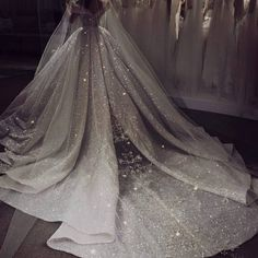 weddings weddingdresses Simply spectacular Elegant mermaid wedding dresse is part of Ball gowns wedding - Bridal Gowns Princess Wedding Dresses, Dream Wedding Dresses, Bridal Dresses, Dresses Uk, Mermaid Dresses, Sparkle Wedding Dresses, Ballgown Wedding Dress, Diamond Wedding Dress, Cathedral Wedding Dress