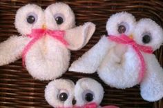 Cute Owl washcloth favors for baby showers made with love.TopsyTurvyDi - Washcloth - Ideas of Washcloth - Cute Owl washcloth favors for baby showers made with love.TopsyTurvyDia diaper cakes for baby shower & washcloth favors Baby Shower Favors, Baby Shower Gifts, Shower Baby, Baby Shower Baskets, Baby Favors, Baby Crafts, Crafts For Kids, Owl Shower, Shower Ideas