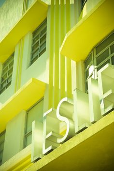 "Miami Beach sign for the ""Leslie"""