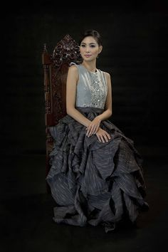 Modern filipiniana in Religioso (Greenbelt Filipino Fashion, Asian Fashion, Modern Filipiniana Dress, Filipina, Mother Of The Bride, Hair Cuts, Gowns, Style Inspiration, Pretty