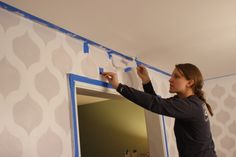 Cutting Edge Stencils shares a DIY stenciled dining room using the Cascade Allover pattern for a wallpaper look. Wall Stencil Patterns, Stencil Diy, Stenciling Walls, Cutting Edge Stencils, Painting Wallpaper, Curtain Fabric, Cool Walls, Diy Wall Decor, Dining Room