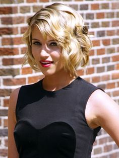 Dianna Agron with glam waves