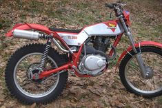 Honda Motorcycles, Cars And Motorcycles, Youth Dirt Bikes, Trail Motorcycle, Off Road Bikes, Trial Bike, Trail Riding, Bike Design, Trials