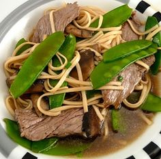 Ginger udon noodles with mushrooms, snow peas, and beef / Crabby Cook ...
