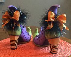 Ceramic Bisque Ready to Paint Pair of Witch Shoes  ~BRAND NEW~