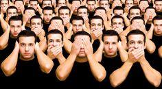 Так проще. Это словно детская игра: закрыл глаза – и ты в домике, ничто тебя не касается. Но если все постоянно будут закрывать глаза на своих близких, мир ослепнет?.. #Наталья_Светлова #antrio_цитаты #цитаты #цитаты_великих_людей #Умные_мысли #мысли_великих  #цитаты_о_безразличии, #цитаты_о_равнодушии