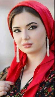 Visit To Watch Beautiful Girls Beautiful Muslim Women, Beautiful Girl Image, Beautiful Hijab, Beautiful Indian Actress, Beautiful Lips, Beautiful Asian Girls, Girl Face, Woman Face, Muslim Beauty