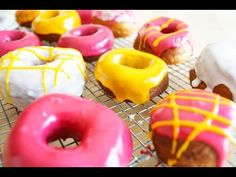 Donuts caseros fácil y glaseado para Donuts - YouTube Doughnut, Cupcakes, Youtube, Desserts, Food, Homemade Donuts, Homemade Desserts, Frosting, Boy's Day