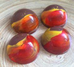 Spheres with white chocolate mango