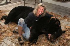 Jill Robinson.  A modern day hero for animals in Asia. www.animalsasia.org