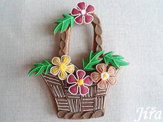 Jarní košík hnědý British Home, Cookie Designs, Gingerbread Cookies, Easter, Christmas Ornaments, Holiday Decor, Sweet, Style, Photos