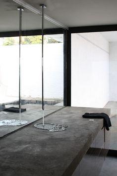 be architecten Concrete sink – Decoration Bathroom Inspiration icoon.be architecten Concrete sink icoon.be architecten Concrete sink Luxury Bathroom Vanities, Bathroom Design Luxury, Luxury Bathrooms, Bathroom Sinks, Concrete Sink Bathroom, Bathroom Ideas, Bathroom Organization, Bathroom Lighting, Bathroom Plans