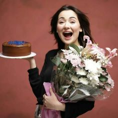 Hania Aamir Suprise Birthday Party Hosted By Asim Azher - Hania Aamir Birthday Party Pakistani Fashion Casual, Pakistani Dresses Casual, Pakistani Girl, Pakistani Bridal Wear, Pakistani Actress, Portrait Photography Poses, Girl Photography, Celebrity Fashion Outfits, Celebrity Style