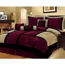 Burgundy Bedroom, Gold Bedroom, Dream Bedroom, Master Bedroom, Designer Bed Sheets, Living Room Decor, Bedroom Decor, Bedroom Color Schemes, Bed Design