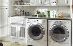 Basement Laundry Room ideas for Small Space (Makeovers) 2018 Small laundry room ideas Laundry room decor Laundry room storage Laundry room shelves Small laundry room makeover Laundry closet ideas And Dryer Store Toilet Saving Mudroom Laundry Room, Laundry Room Remodel, Small Laundry Rooms, Laundry Room Organization, Laundry Room Design, Laundry In Bathroom, Ikea Laundry, Organizing, Kitchen Remodel