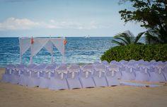Caroline & Bryan's destination wedding in Jamaica | Jamaica wedding ideas | Photography by Christopher Lee from WPAJ