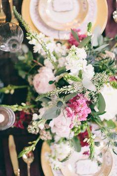 romantic holiday wedding inspiration