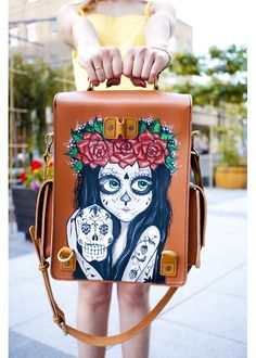 She is offered as a satirical portrait of those Mexican natives who, Posada felt, were aspiring to adopt European aristocratic traditions in the pre-revolutionary era. She in particular has become an icon of the Mexican Día de los Muertos, or Day of the Dead. #bag #print #handmade #skull #pattern #vintage #satchel #shoulder #day #of #the #dead