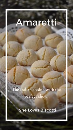 Soft Amaretti Cookies: Tested until Perfect! Did you ever think it was possible to make Soft Amaretti Cookies just like the ones that you find in Italian bakeries? Come and see how easy these glutenfree cookies are to make. Italian Almond Cookies, Almond Meal Cookies, Italian Cookie Recipes, Italian Desserts, Köstliche Desserts, Baking Recipes, Delicious Desserts, Dessert Recipes, Cake Recipes