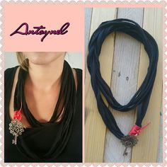 sautoir traphilo noir pendentif rosace : Collier par antoynel