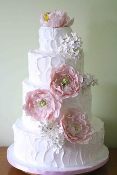 Pretty Wedding Cake with Casual Icing