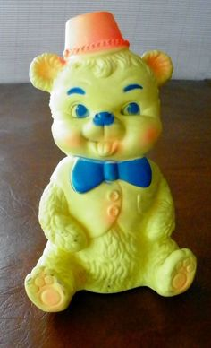 Vintage Edward Mobley Squeak Toy Bear wearing a hat Arrow Rubber CO Antique Toys, Vintage Toys, Vintage Antiques, Pet Toys, Doll Toys, Dolls, Rubber Doll, Wearing A Hat, Bear Toy
