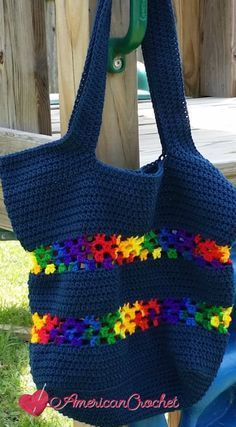 Classic Tote Bag free crochet pattern by American Crochet Crochet Purse Patterns, Bag Crochet, Crochet Shell Stitch, Crochet Market Bag, Crochet Handbags, Crochet Purses, Love Crochet, Crochet Baskets, Crochet Backpack