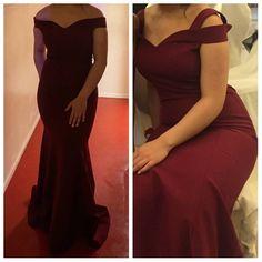 Bordeaux kleurige avondjurk.  Maat: 36  Prijs: €100,-  Contact: @errva._  #Clojurken    #satilikelbise#nisanlik#bride#bridesmaid#bridesmaiddress#bruiloft#feest#wedding#party#partydress#beauty#beautiful#dress#jurktekoop#jurkverkopen#instaverkoop#jurk#jurken#avondjurk#avondjurken#galajurk#galajurken#followforfollow#followback#likeback#likes4likes#follow4like#follow#like4follow