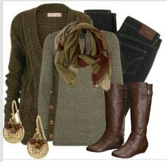 SO ready for fall sweaters, boats, and SCARVES!! especially with this nice weather we r having today :)
