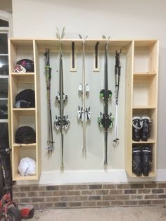 Ski, helmets and boot storage – Garage Organization DIY Garage Organization, Garage Storage, Décor Ski, Ski Decor, Home Decor, Sports Storage, Ski Rack, Boot Storage, Garage Makeover