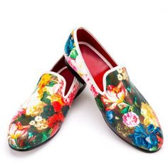 Cheap dress up bride groom, Buy Quality shoes water directly from China shoe carnival boots women Suppliers: Piergitar new style flower and leaf pattern printing white men loafers wedding and party men dress shoes Fashion men's flats Slip On Shoes, Men's Shoes, Shoe Boots, Dress Shoes, Shoes Men, Top Shoes, Nike Shoes, Mens Slip On Loafers, Loafers Men