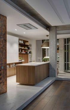 Appartement avec un en sol bois et en béton