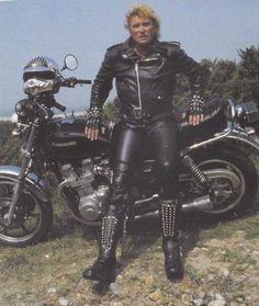 johnny en moto Johnny Halliday, Christian Audigier, Her Style, Rock N Roll, Harley Davidson, Husband, Concert, Idole, Passion